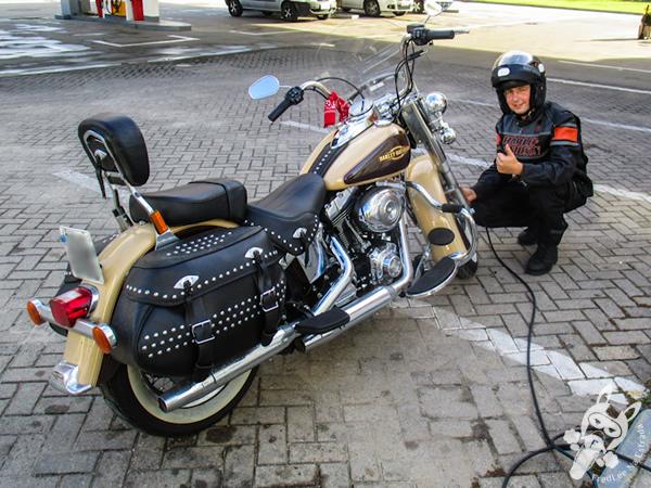 Calibrando os pneus da Harley-Davidson Heritage Softail Classic | FredLee Na Estrada