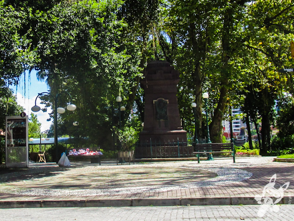 Praça Hercílio Luz | Blumenau - SC | FredLee Na Estrada
