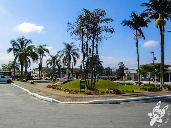 Praça Tancredo Neves | Garuva - SC | FredLee Na Estrada