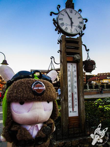 Relógio e termômetro | Gramado - RS | FredLee Na Estrada