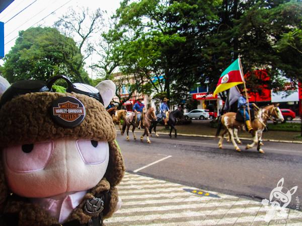 Desfile Farroupilha de Erechim - RS | FredLee Na Estrada