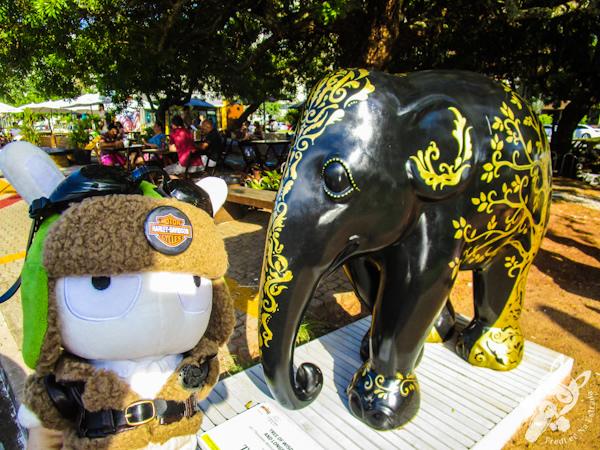 Tree of Wisdom and Longevity, por Thassanee Wanick e Sandra Betinassi - Elephant Parade - Florianópolis - SC