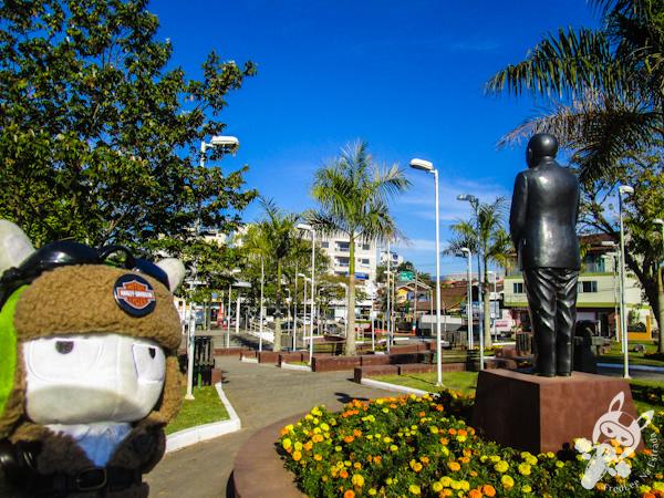 Praça deputado Walter Vicente Gomes - São João Batista - SC