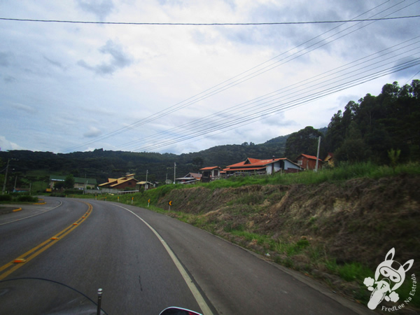 Pedra Furada - Morro da Igreja - Parque Nacional de São Joaquim | Urubici - SC