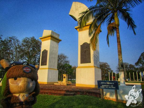 Arco Trunco - Plaza San Martín   Yapeyú - Corrientes - Argentina   FredLee Na Estrada