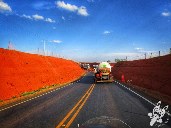 Divisa de estados: Minas Gerais e São Paulo | FredLee Na Estrada