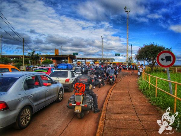 Fila na aduana de Posadas - Misiones - Argentina | FredLee Na Estrada