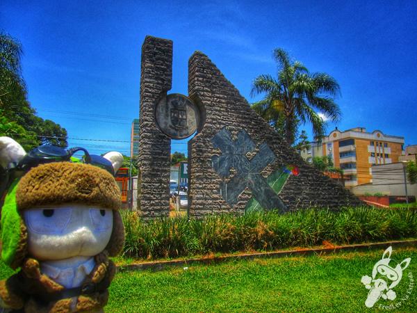 Monumento Cruz Missioneira Passo Fundo das Missões | Passo Fundo - RS | FredLee Na Estrada