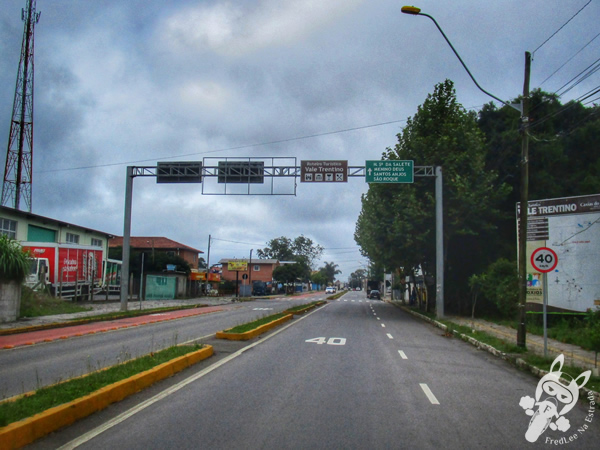 Relógio de flores | Caxias do Sul - RS | FredLee Na Estrada