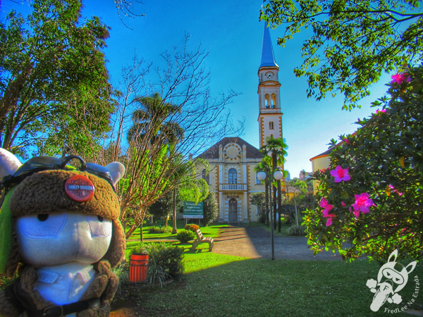 Gruta Nossa Senhora de Lourdes | Serafina Corrêa - RS | FredLee Na Estrada