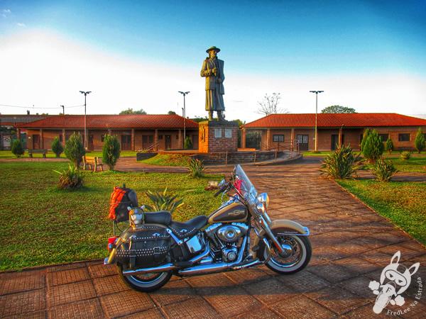 Monumento ao Pajador - Complexo Turístico Jayme Caetano Braun | São Luiz Gonzaga - RS | FredLee Na Estrada