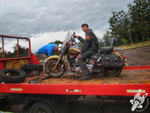 Harley-Davidson Heritage Softail Classic com a roda traseira rachada | Corrientes - Corrientes - Argentina | FredLee Na Estrada