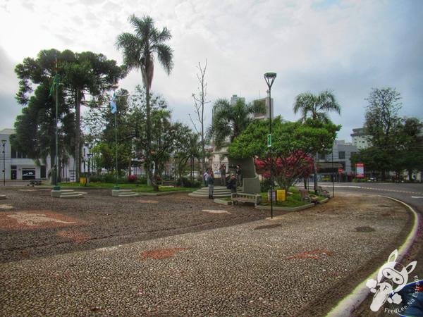 Praça da Bandeira | Erechim - RS | FredLee Na Estrada