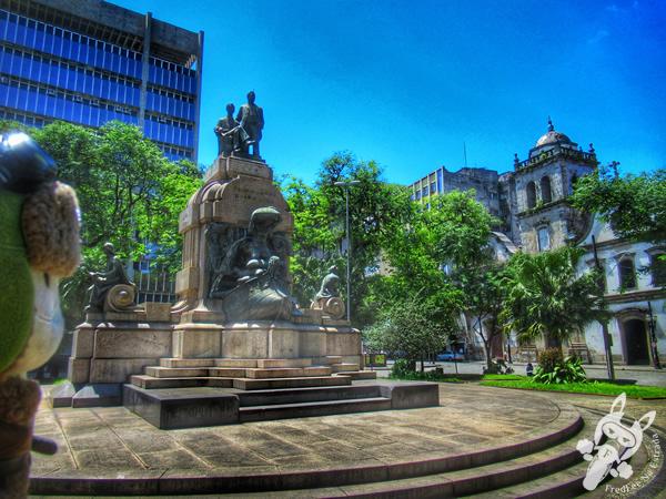 Praça Barão do Rio Branco - Centro Histórico | Santos - São Paulo - Brasil | FredLee Na Estrada