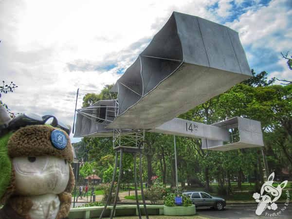Praça 14 Bis - Centro Histórico | Petrópolis - Rio de Janeiro - Brasil | FredLee Na Estrada