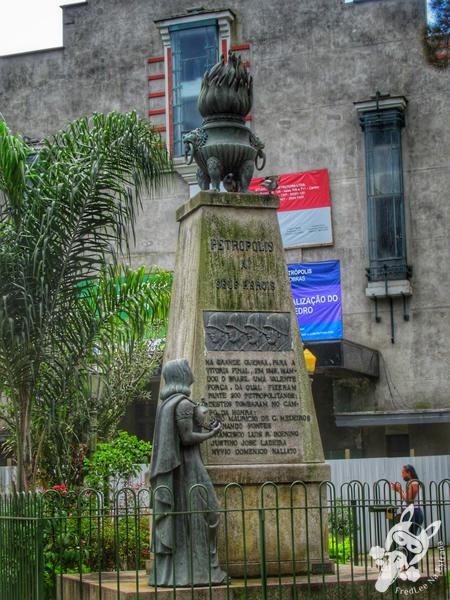 Praça Expedicionários - Centro Histórico | Petrópolis - Rio de Janeiro - Brasil | FredLee Na Estrada