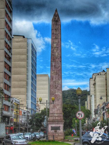 Obelisco de Petrópolis - Centro Histórico | Petrópolis - Rio de Janeiro - Brasil | FredLee Na Estrada