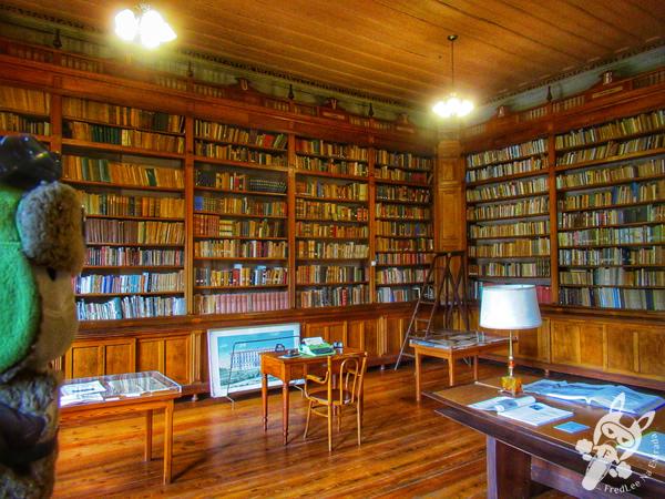 Biblioteca Padre Manoel da Nóbrega - Colégio Anchieta | Nova Friburgo - Rio de Janeiro - Brasil | FredLee Na Estrada