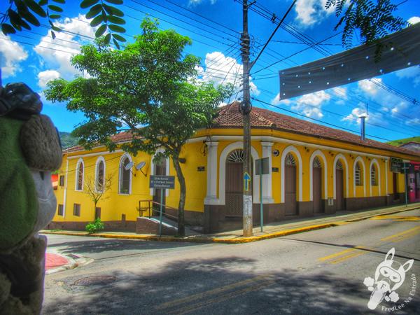 Casarão do Centro | Monteiro Lobato - São Paulo - Brasil | FredLee Na Estrada