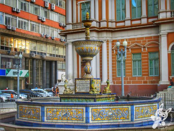 Fonte Talavera de La Reina - Centro Histórico | Porto Alegre - Rio Grande do Sul - Brasil | FredLee Na Estrada