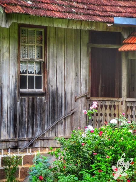 Casa Centenária - Estrada Linha Bonita | Gramado - Rio Grande do Sul - Brasil | FredLee Na Estrada