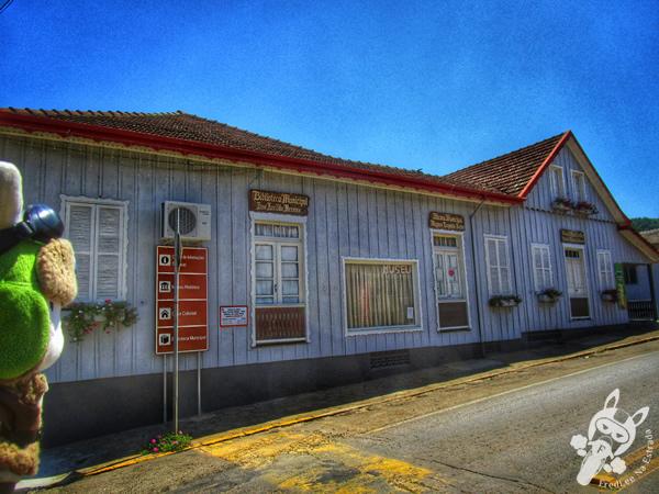 Biblioteca Municipal José Arcildo Hermes e Museu Municipal Magnus Leopoldo Kerber | Peritiba - Santa Catarina - Brasil | FredLee Na Estrada