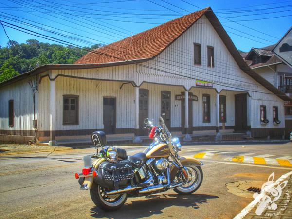 Sede da Sociedade Aliança | Ipira - Santa Catarina - Brasil | FredLee Na Estrada