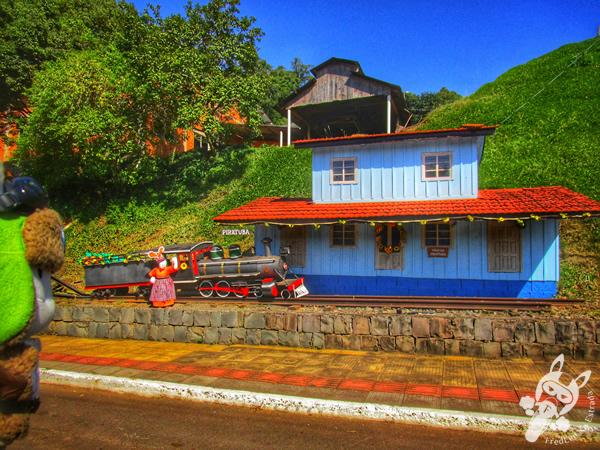 Réplica da Estação Ferroviária | Piratuba - Santa Catarina - Brasil | FredLee Na Estrada