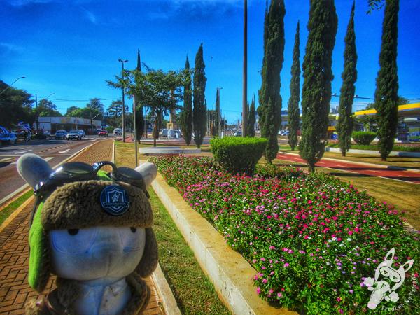Praça Itália   Cascavel - Paraná - Brasil   FredLee Na Estrada